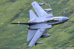 Panavia Tornado GR4 (Gareth Hughes Photography) Tags: tornado 136 1dx 500mm cad zg779 panaviatornadogr4 marham rafmarham machloop tonka canon royalairforce lowlevel rafmarhamtornadogr4 machynlleth canon1dx raf sweptwings closeup loop aviation gr4 lfa7 canonef500mmf4isusm cadwest eos 500mmf4 midwales 2016 canonef500mmf4lisusm