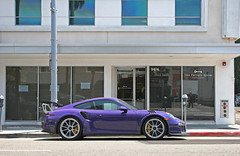 Ultraviolet GT3 RS (sumosloths) Tags: porsche 911 991 gt3 rs gt3rs purple violet ultraviolet spoiler wing yellow brakes calipers parked parallel side profile view windows beverly hills la los angeles car spotting spotted rodeo dr drive downtown brighton way socal southern california sumosloths worldcars