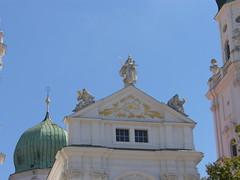 Passau - Dom St. Stephan (Seesturm) Tags: 2016 seesturm germany deutschland passau bayern bavaria donau inn ilz dreiflüssestadt schiff schifffahrt schiffahrt altstadt dom kirche kirchen church kathedrale cathedral wasser fluss architektur orgel organ skulptur barock pipe orgelpfeifen