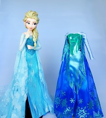 Dress Dilemma (ozthegreatandpowerful) Tags: medicom real action heroes rah elsa frozen anna figure doll dolls custom dress ooak beaded accurate