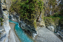 Taiwan-121116-614 (Kelly Cheng) Tags: asia northeastasia taiwan tarokogorge tarokonationalpark color colorful colour colourful gorge green horizontal landscape nature nopeople nobody outdoor river rock tourism travel traveldestinations water