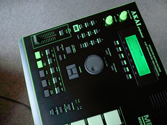 _0040187 (ghostinmpc) Tags: akai mpc2000 ghostinmpc custommpc 16pads