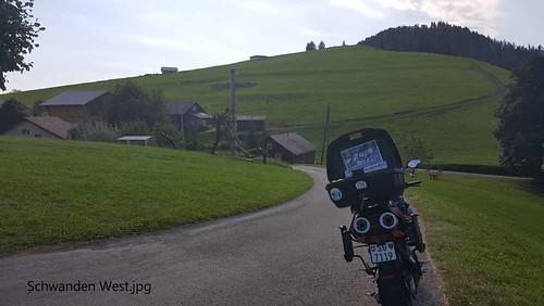 Schwanden West