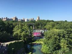 (Anfi)Teatro Delacorte, Central Park. (Elias Rovielo) Tags: centralpark nyc teatro teatrodelacorte shakespeareinthepark anfiteatro castelobelvedere belvederecastle castelo castle