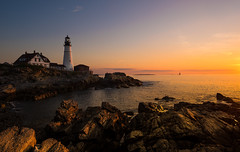 Sunrise at the Portland Head Lighthouse (Theresa Rasmussen) Tags: lighthouse portlandhead portland sunrise rocks light maine rockycoastline