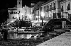 Lipari di notte (Fabio Caf) Tags: lipari notte night eolie salina porto harbour mare sea boats boat sicilia sicily vacanze holiday