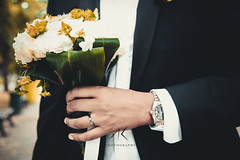 #wedding #mariage #whitedress #dress #blackdress #black #white #henna #hand #landscape #car #luxury #luxe #flower #flowers #green @akphotography (adnankobiljak) Tags: landscape blackdress wedding flower black whitedress car henna green luxury white hand mariage luxe flowers dress