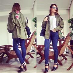 Hoy en el blog/ today on http://ift.tt/1FDbmwd noches corazones!!!!! A por el JUERNESSSSS!!! #elblogdemonica #instadaily #instalike #in (elblogdemonica) Tags: ifttt instagram elblogdemonica fashion moda mystyle sportlook springlooks streetstyle trendy tendencias tagsforlike happy looks miestilo modaespaola outfits basicos blogdemoda details detalles shoes zapatos pulseras collar bolso bag pants pantalones shirt camiseta jacket chaqueta hat sombrero