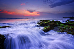 A Picturesque Moment in Bali [Explored] (eggysayoga) Tags: sunset sea sky bali sun seascape motion beach water night indonesia landscape nikon asia lima hard wave tokina filter lee nd pantai graduated waterscape gnd canggu seseh 1116mm d7000 pwpartlycloudy