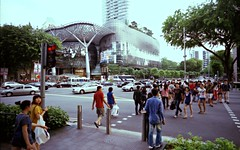 Weekend Crowd (SallehS) Tags: road singapore orchard ion