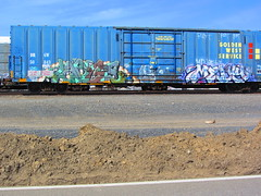 Large Melvy (VDub (o\I/o)) Tags: california ca railroad west art up metal yard train graffiti paint pieces pacific ns steel painted union norfolk central tracks large railway trains tags spray mel southern railcar valley bayarea unionpacific service spraypaint boxcar panels graff piece melvin aerosol streaks northern tagging freight boxcars upac ridged trackside csx freights ttx rbox railart piecing railbox monikers railside sopac goldenwestservice benching melvy fbox
