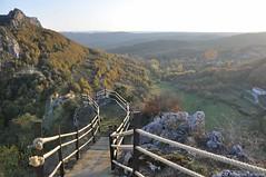 manzanedo y arreba (Merindades, Sensaciones por Descubrir) Tags: naturaleza nature ruta landscape paisaje ebro senderismo parquenatural merindades rudron altoebro