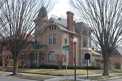 house in Columbus (hartjeff12) Tags: columbus indiana