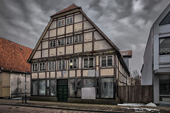 Old Home waiting for new life (MichaelSanderDU) Tags: old urban abandoned germany deutschland decay forgotten nrw lonely horn past nordrheinwestfalen decaying forget verlassen fachwerk urbex fachwerkhaus verfallen hornbadmeinberg michaelsander michaelsanderdu