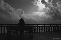 Mirando ao mar, soñei (Alberte A. Pereira) Tags: bw bn bp