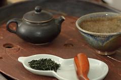 Gyokuro tasting - 4 (debunix) Tags: tea teapot teacup greenwoodstudio gyokuro shawnmcguire petrnovak blackmagdaglaze