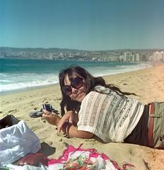 En la playa (_Rafa_) Tags: playa fujireala duoscan diyc41 yashica124