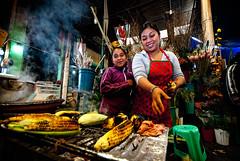 Smiles and corn (Vortex Bits) Tags: portrait people urban mexico mexicocity streetphotography urbana fotografia ciudaddemexico peoplewatching mercadodeflores cdmx 街头摄影 城市摄影 ἐφήμεροσ ephemeralvisions