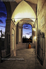 Bologna (Italy), the gate of the faith www.immaginemozioni.com (immaginEmozioni Photography) Tags: sunset italy church canon luca puerta gate italia tramonto porto madonna chiesa 7d porta bologna porte tor suggestion sanctuary fede cancello croce emiliaromagna bolognese  santuario crepuscolo kapu devozione crocifisso brama sanluca  portti 2013   hlii    geata suggestione  git immaginemozioni immaginemozioniphotographycanon immaginemozioniphotography