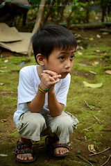 Crossed Fingers (ariel gitana) Tags: sorsogoncity bicol albay mayonvulcanobaconsorsogonarielgitanaphilippinelandscapericefieldkabataangpinoyteampinaspinoyphotographerchangeiscomingpanorama macro howtobeagreatphotographer changeiscoming bestportrait laronglahi larongbatangpinoy bestinbicol nikond7100sampleshot tamron18200mm teampinas teampinoy ariel gitana bestinrawisbacon filipinopeople depthoffield bestportraitever