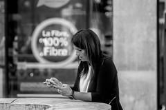 Cigarette & Smartphone ... Addiction (Lens a Lot) Tags: paris   2016 tamron adaptall2 sp 90mm f25 macro model 52b 1981 m42 8 blades iris black white street photography closeup bokeh color depth field vintage manual classic japan japanese prime fixed lens close up noir et blanc monochrome personnes profondeur de champ