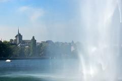 Genve (JBGenve) Tags: suisse switzerland genve geneva lac lake extrieur ciel sky eau water ville city jetdeau