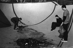 Cleaning (Austin Shafkowitz) Tags: film 35mm diy skateboarding skate delta3200 ilford perceptol