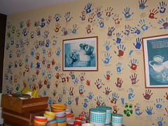 Healing Hands (Chris Kealy) Tags: blue red summer color colour green peru wall kids print children de hope kid hands san colorful paint university break child hand dish lima room volunteers plate bowl per help health prints dining plates them colourful dishes volunteer sick healing bowls 2008 handprint multicolor cutlery fransisco 08 crockery handprints multicolour peruvian hogar peruano peruana asis chaclacayo voluntourism