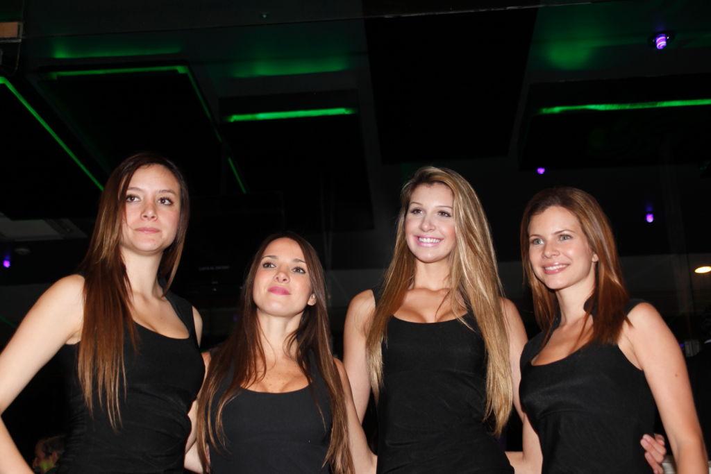 sexy-club-girls-donna