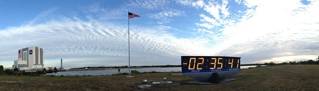 Panoramic of the VAB, flag, countdown clock #NASASocial #Dragon #ISS @SPACEX
