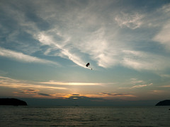 Parasailing at Sundown (Joe Enfield) Tags: sunset sky cloud day cloudy malaysia langkawi malesia meri kedah auringonlasku matka pilvi pantaitengah taivas 2013 lumixgvariohd14140f4058