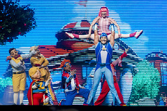 "Lazy Town (Lucas Hallel) Tags: show minasgerais brasil children nikon live mg musical pixel stephanie belohorizonte criança trixie pedra canções aovivo ziggy pirata escondido 316 malvado acrobacias personagens islândia bemestar superherói stingy timeforfun lazytown musicconcert vilão chevrolethall chield sportacus 2013 robbierotten motivacional t4f coreografias lucashallel httpwwwflickrcomphotoshallelucas ticketsforfun ©lucashallel2013 httppremierticketsforfuncombr httpwwwchevrolethallbhcombr httpwwwflickrcomphotosticketsforfun httpwwwt4fcombr diadopirata barbarotten valiososegredo versãoteatral ""lazytownasaventurasdopirata"""