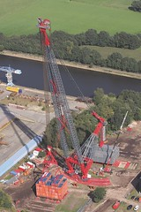 Heavy crane lifting (ALE - Heavylift) Tags: ale cranes loadout gantry jacking skidding powerplants barging heavylift ballasting gasturbines girderframe heavytransportation spmts wwwaleheavyliftcom strandjack megajack