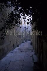 40055421 (wolfgangkaehler) Tags: alley europe mediterranean european arch arches malta alleyway archway alleys mdina europeancity alleyways europeancities alleyscene alleyscenes