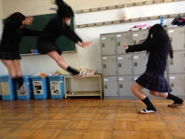 makankosappo-japanese-schoolgirls-dbz-energy-attacks-13
