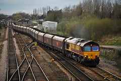 66091 (Martin P Elsey) Tags: junction milford passing loaded drax redcar htas 66091