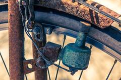 Old Cycle (1 di 2) (Salvatore Grigoli) Tags: old light roma bike vintage rust italia generator cycle fiumicino lazio fanale ruggine bicicletta dinamo dynamo vecchia isolasacra