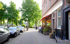 DSCF1387.jpg (amsfrank) Tags: amsterdam oost people candid summer sunshine amstel weesperzijde