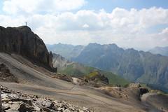 On our way to the Greitspitz. Paznaun. Tirol. Austria. (elsa11) Tags: greitspitz greitspitze ischgl samnaun silvrettaarena switzerland schweiz sterreich oostenrijk austria gipfel greitspitzgipfel greitspitzsummit alps alpen mountains flimjochbahn silvrettabahn gipfelkreuz greitspitzgipfelkreuz paznaun tirol tyrol
