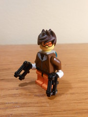 Tracer (TheHunBear) Tags: lego overwatch tracer minifig moc