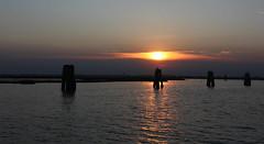 Sipario (lincerosso) Tags: lagunanorddivenezia paludedellarosa sera tramonto luce colore riverbero riflessidiluce silenzio bellezza armonia cometelontane