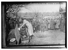 Burying soldier who cut barbed wire defence of Adrianople (LOC) (Precision Machining China Manufacturer) Tags: adrianople barbed burying defence soldier wire