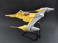 Naboo N-1 starfighter (1) (Inthert) Tags: naboo lego moc ship star wars n1 phantom menace r2d2 fighter royal starfighter