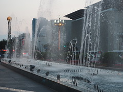 Fountains (scotted400) Tags: chengdu china maostatue mao statue square