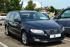 Unmarked Traffic Car (S11 AUN) Tags: essex police volvo v70 d4 awd unmarked anpr traffic car rpu roads policing unit 999 emergency vehicle operational support group osg