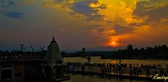 Good morning friends ! (Rambonp love's all creatures of Universe.) Tags: morning red wallpaper sky india mountains nature water birds silhouette yellow clouds sunrise river landscape temple paradise shiva shiv ganges reflectiontrees haridwar humen gangariver shanker bholenath harkipauri uttaranchalpradesh atthecrackofdawn