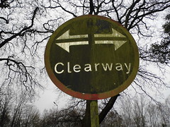 clearway sign Aldershot (satguru) Tags: sign hampshire pre aldershot worboys