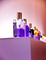 PerfumARTE (Miss_Morla) Tags: color art perfume purple arco