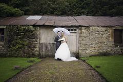 Pose (Martin Beaumont) Tags: old wedding friends portrait building groom bride nikon posing d90