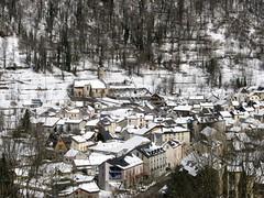 De la neige, encore ! (Ariège/Pyrénées) (PierreG_09) Tags: village église pyrénées pirineos clocher ariège auluslesbains couserans